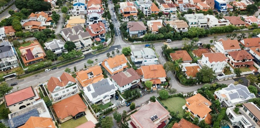 Evolve Financial Solutions share their tips for moving home to a new area